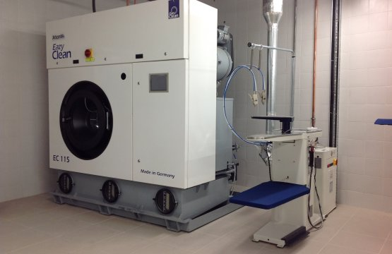 Alternative Solvent Dry Cleaning Machines